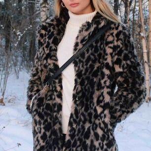 Leopard jacka från Linn Ahlborgs kollektion på NAKD. Har använt fåtal gånger då jag köpte den denna vintern. Nypris 1199kr.