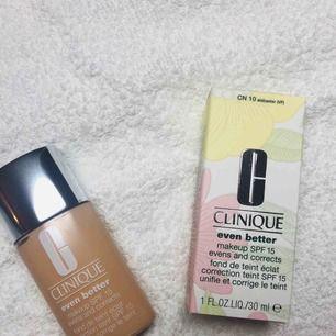 Helt ny, nypris 340kr Färg: alabaster  minskar pigmentförändringar och ger en jämnare hudton. Passar alla hudtoner. Resultat på endast 4-6veckor.