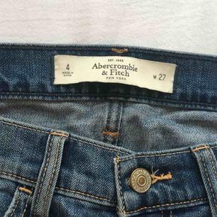 Ripped jeans från Abercrombie & Fitch. Upphämtas i Växjö eller frakt 50kr😊