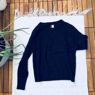 Svart Finstickad tröja, använd en gång