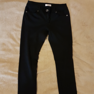 Svarta sköna stretch jeans