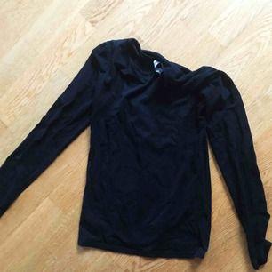 Vanlig basic tröja i XS