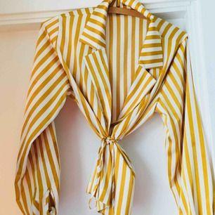 Kimono/blus i superfint skick