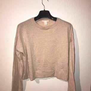 Ljusrosa tunnt stickad tröja från H&M