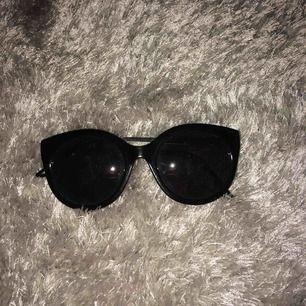 Solglasögon från hm, ba skick💘