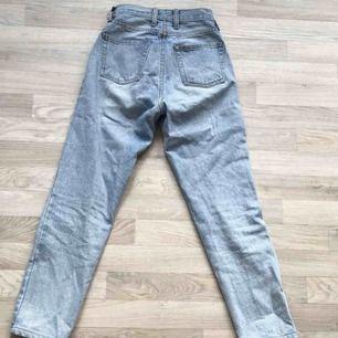 Råsnygga jeans från Brandy Melville