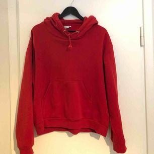 Skitnice röd hoodie!!❣️