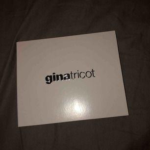 Säljer mitt presentkort på Gina Tricot , fick de i julklapp 2018!🔥