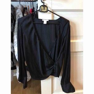 Svart silken tröja från h&m