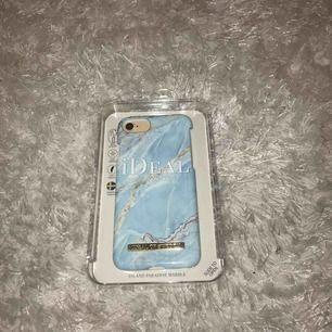 iPhone 7 skal från ideal of Sweden. Island paradise marble. Aldrig använt. Nypris 299kr men säljer för 150kr Du står för frakt om du ej har möjlighet att mötas upp i Stockholm.