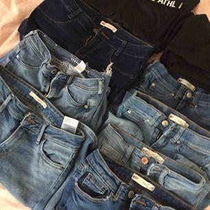 Massa olika jeans träningsbyxor osv olika storlekar o priser skriv privat för fler bilder !!  ALLT SKA BORT