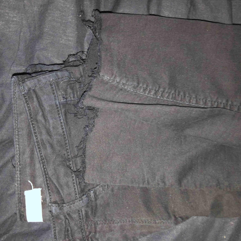 Molly jeans från Gina, använda. Avklippta där nere. Jeans & Byxor.