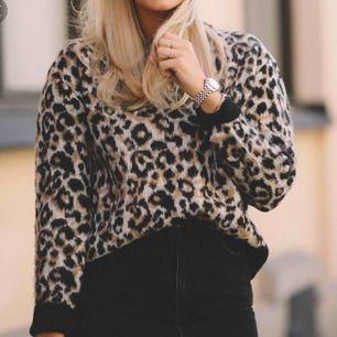 Så fin leopard tröja från Cubus köpt för 400kr som ny  Storlek M men passar även s