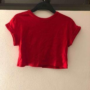 En väldigt skön tröja som jag aldrig använt. Prislappen är kvar.