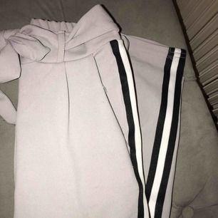 Ett par snygga kostym byxor från Missay! Nypris:299kr