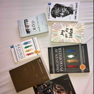 Blandade böcker 10-20 kr för en.
