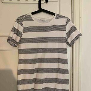Jättefin t-shirts klänning från zara