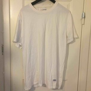 Norse projects basic white t