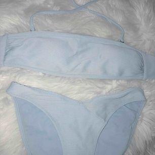 Snygg bikini från Hm Hämtas upp hos mig eller fraktas mot fraktkostnad