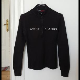 Tommy Hilfiger-tröja med polokrage och dragkedja