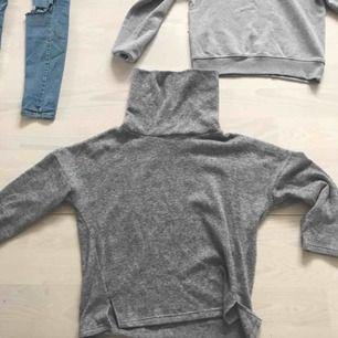 Grå mysig sweatshirt från bikbok! Bra skick!