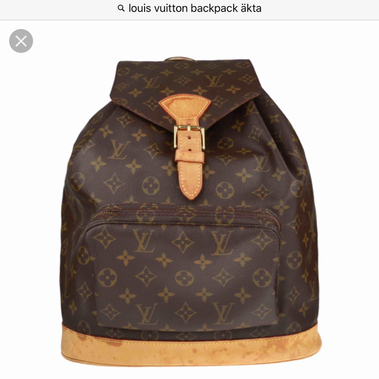 Hej söker en ÄKTA Louis Vuitton Backpack helst vintage kan byta mot mkt har mer än det på min plick annars ligger min budget ganska lågt runt 2500kr. Accessoarer.