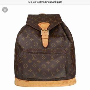 Hej söker en ÄKTA Louis Vuitton Backpack helst vintage kan byta mot mkt har mer än det på min plick annars ligger min budget ganska lågt runt 2500kr