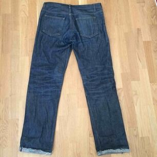 APC New standard, 31 waist cut down to around 32 in the leg. Got a lot of life and some nice fades