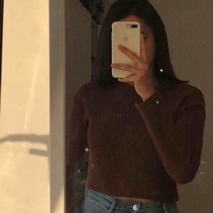 Brun fin stickad tröja/topp från Zara. ALDRIG använd