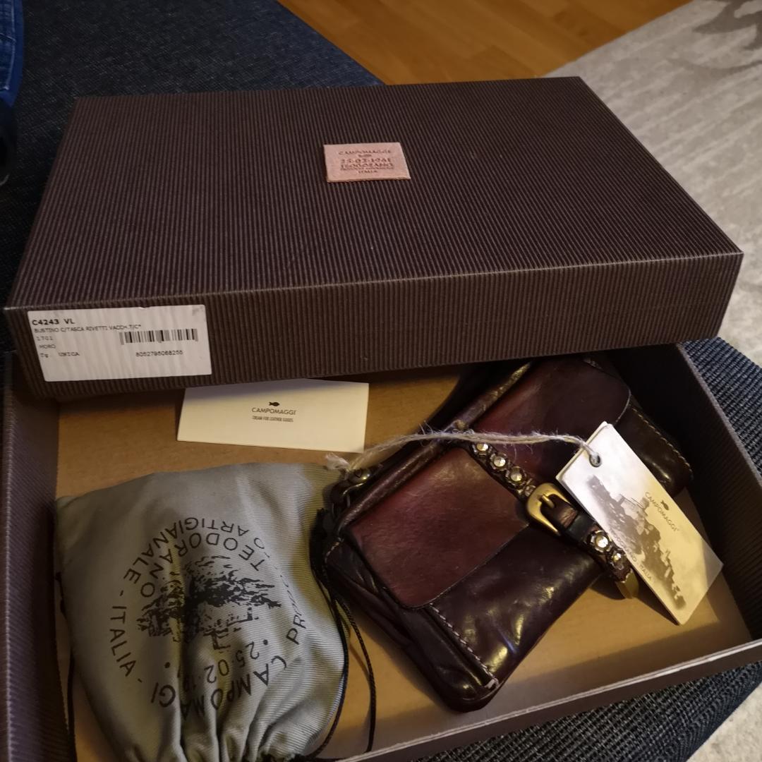 Helt ny campomaggi plånbok. Accessoarer.
