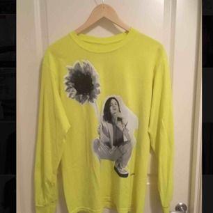 BØRNS merch-tröja köpt i Los Angeles på hans konsert. Nypris: 399 kr Säljs för 150 kr