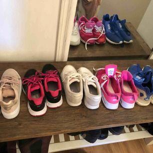 Från vänster - strl 36, 100kr Nike Strl 36,5 200kr Reebok strl 37 150kr Nike strl 37,5 200kr Adidas strl 38 200kr
