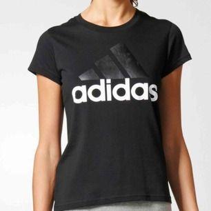 Helt nyköpt adidas t-shirt  Köptes för 300kr