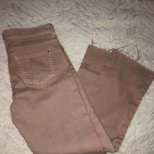 Ljusrosa byxor från Zara