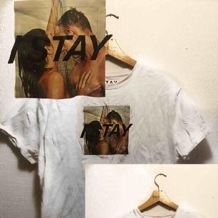 """Helt ny tröja från carlings av märket """" I Stay"""". Köpt för 199:-🍀💚🍀 som sagt aldrig använd, så i toppskick!"""