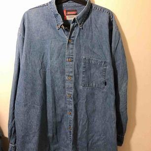 vintageskjorta från dickies i XL :)! fint skick