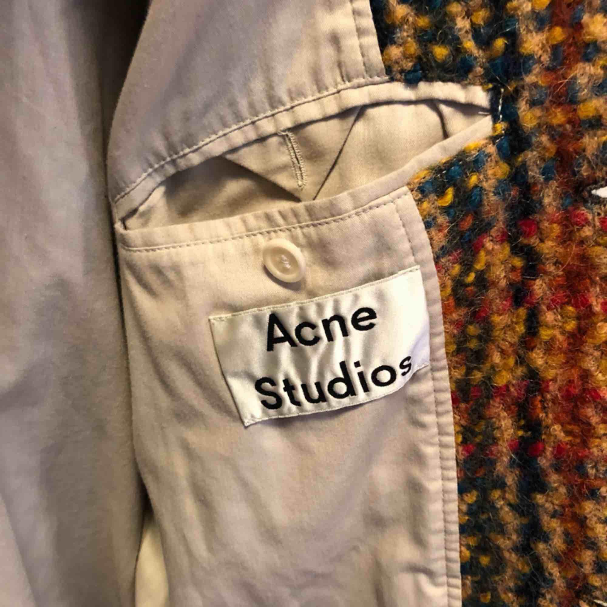 Legendarisk jacka från Acne studios i stl 48 Nypris: 8495:- . Jackor.