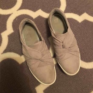 Super fina och fräscha skor, använda fåtal gånger. Köparen stör för frakt.