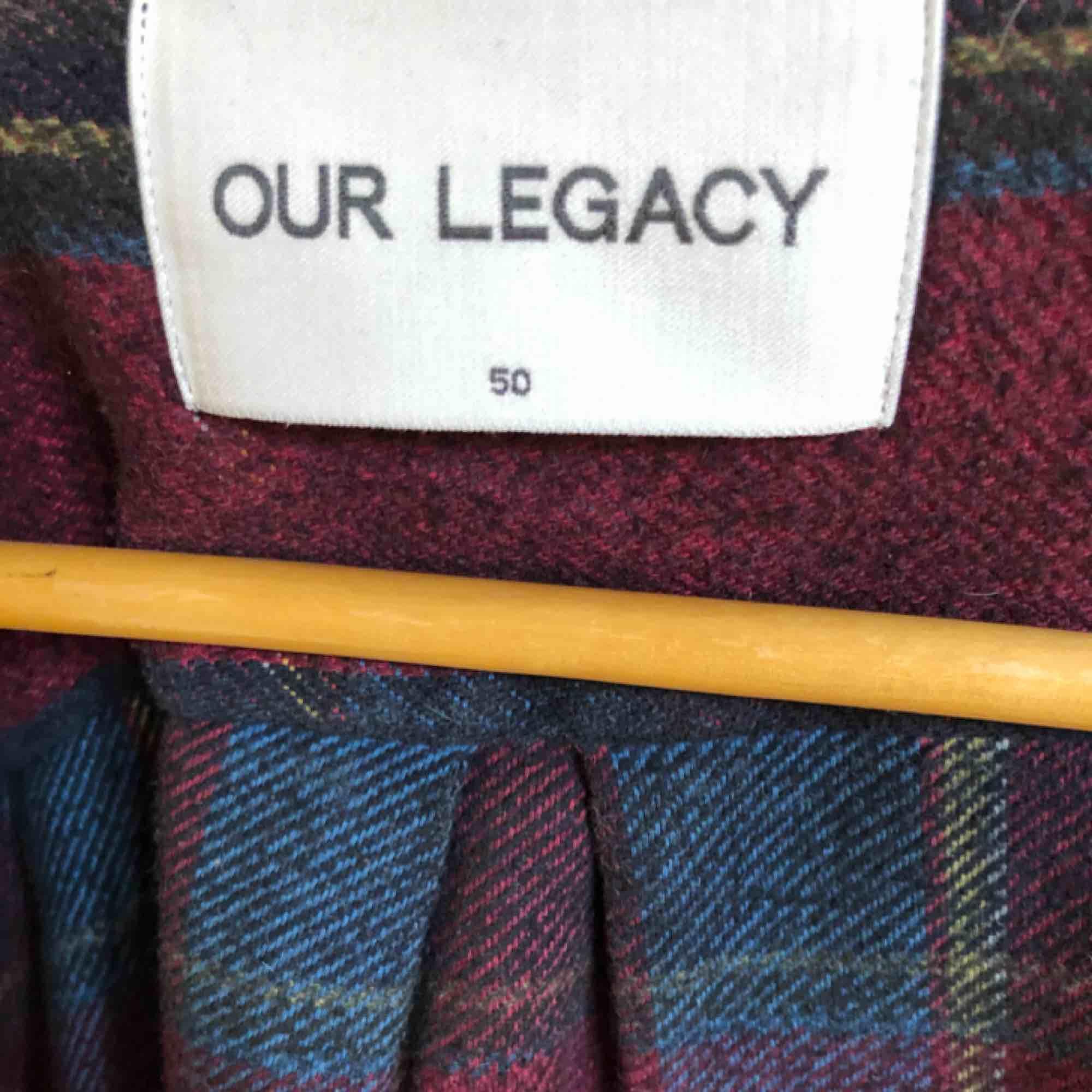 Lila flanellskjorta från Our legacy i stl 50. Skjortor.