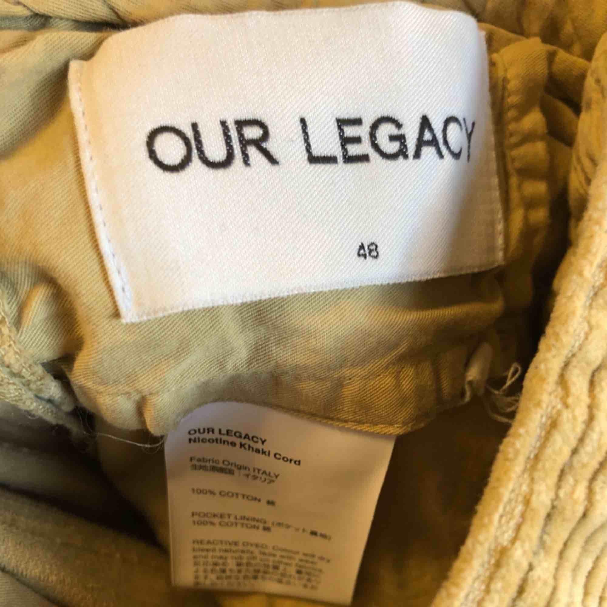 Senapsgula manchesterbyxor från Our legacy, som nya. Jeans & Byxor.