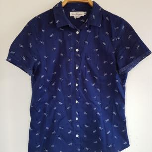 Skjorta med mönster från H&M 💟
