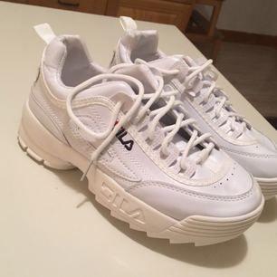 Oanvända Fila skor i stl 37🌸  Vid snabb affär kan pris diskuteras ☺️