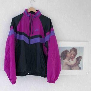 Snygg unik vintage 90-tals Nike vindjacka☀️ 65kr frakt