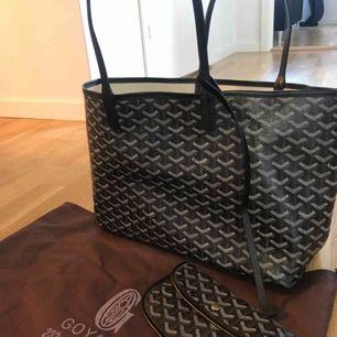 Oanvänd GOYARD väska med dustbag och innerväska