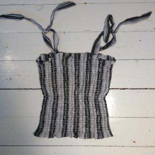 Mönstrat linne från HM, oanvänt med insytt resår  (köparen betalar för frakt)