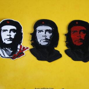 Tygmärke med Che Guevara på! En av dem för 29kr inkl frakt. Vänster såld Ca 9x6 cm