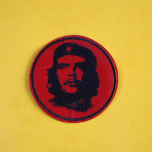 Tygmärke med Che Guevara på, ca 6x6 cm. 29kr INKL frakt!