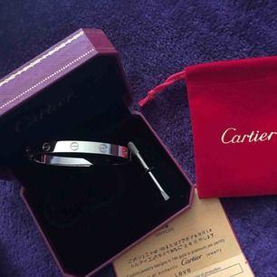 Cartier armband 350kr + tullavgift ca (60-100kr) (verkliga bilder) 🌹 följ min instagram:luxuryfashion166