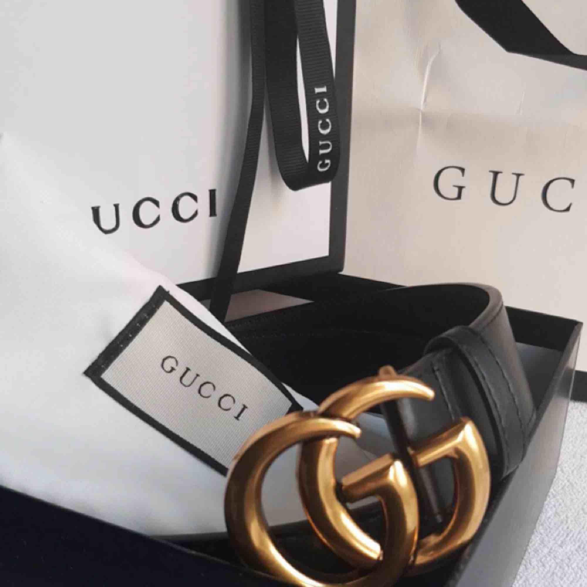 Gucci kopia bälte, medföljer allt på bild 600kr +tullavgift (60-100kr) (verkliga bilder). Accessoarer.