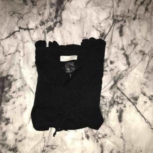 Inte mycke använd odd Molly t-skirt ,betalning via swish, hämtas i Kumla eller frakt men då står köparen för frakten.